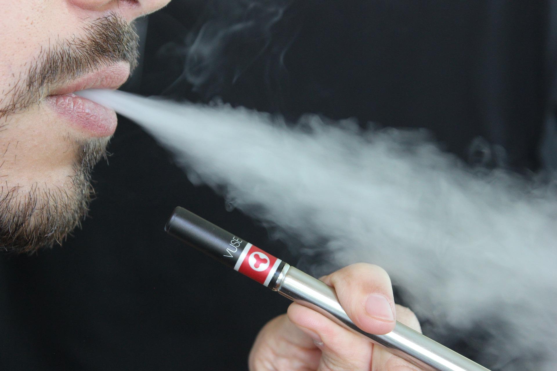 Weg von der Zigarette - wie E-Zigaretten helfen können