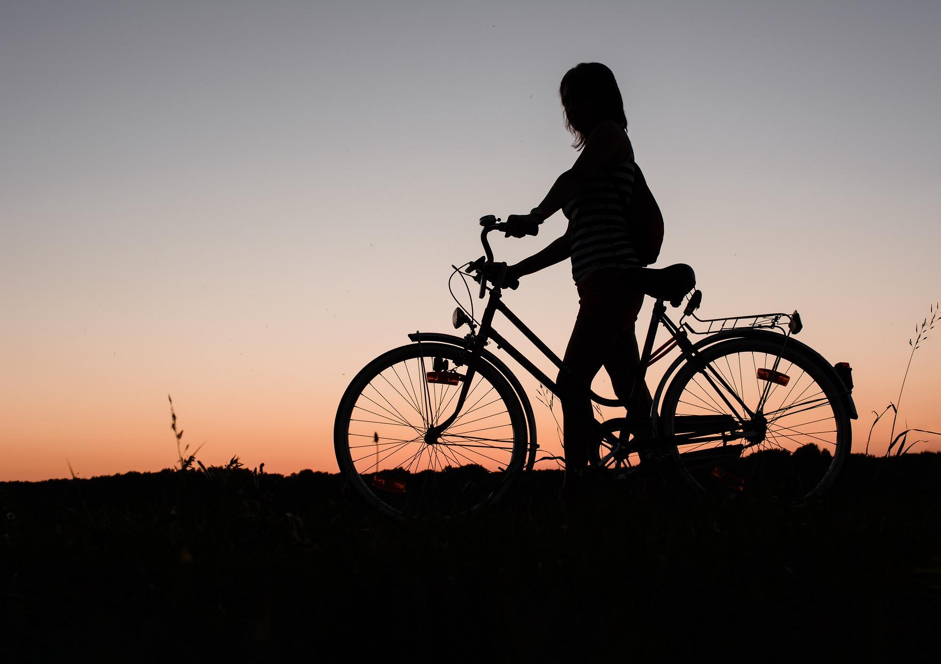 Abnehmen mit dem Fahrrad: Effektives Training für Bauch, Beine und Po