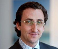 Dr. Stefan Schmiedl