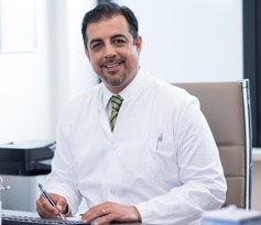 Dr. med. Afshin Moheb